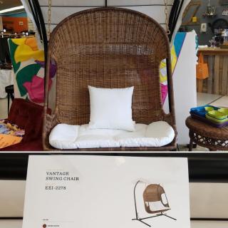 Showroom Direct! 🤗Modway outdoor 2-seater Vantage Swing. Retail:$1189 #ZABSsteal: $300. #zabsstealz
